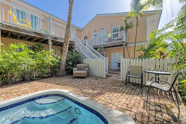2521 Fogarty Avenue 1, KEY WEST, FL 33040