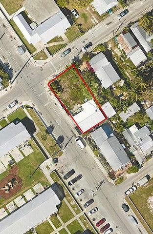 200 Truman Avenue, KEY WEST, FL 33040