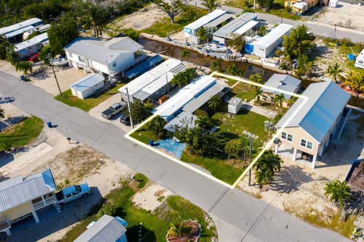 31493 Avenue E, Big Pine, FL 33043