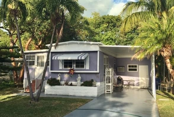 704 Emerald Drive N, KEY LARGO, FL 33037