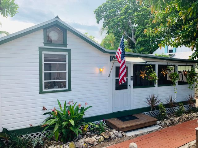 611 Grinnell Street 4, KEY WEST, FL 33040