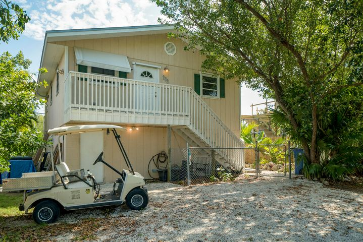 233 Palmetto Avenue, Big Pine, FL 33043