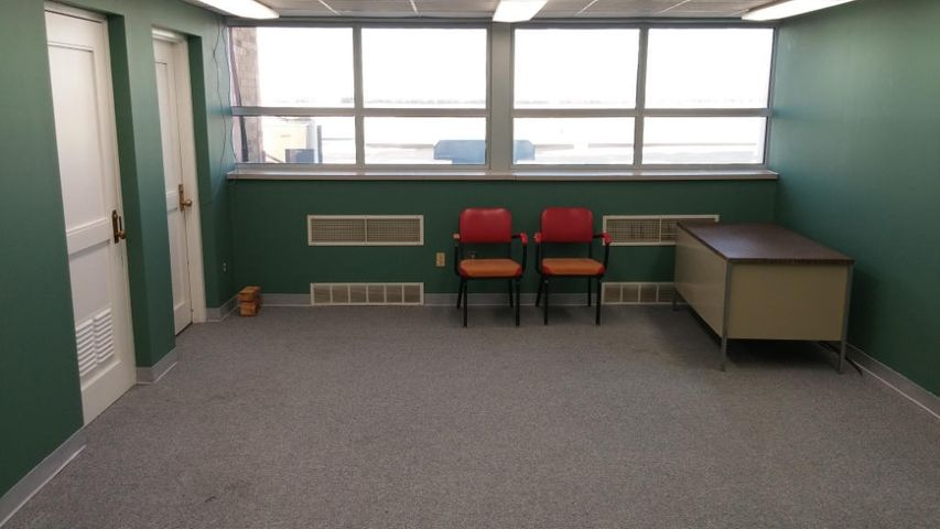 360 sq. ft. located on the second floor of the East Terminal Building