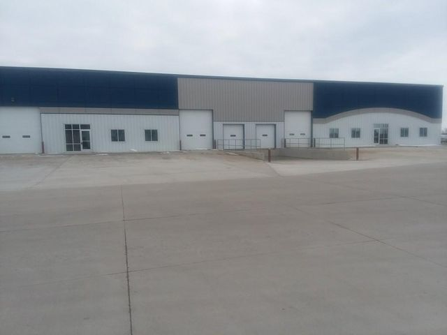 1400 47th, Fargo, ND 58102