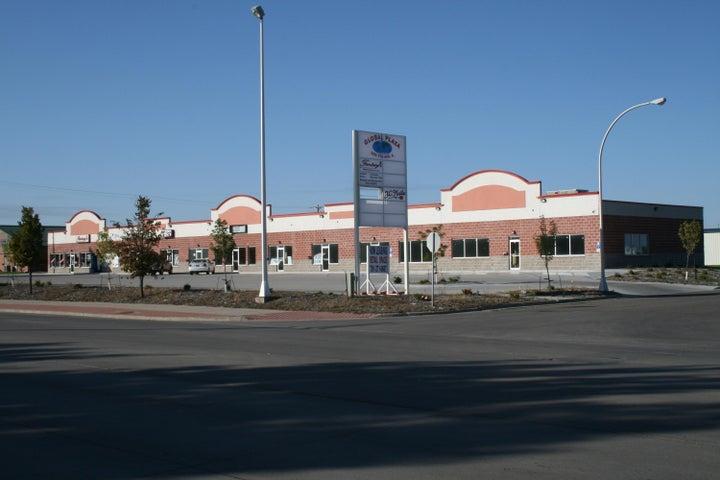 Global Plaza