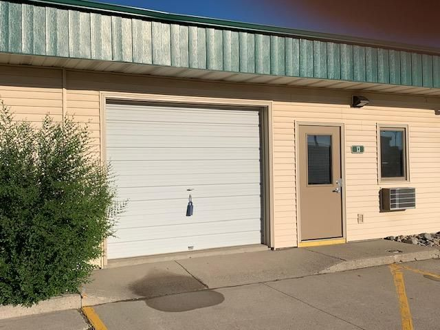 2111 Main Avenue E, West Fargo, ND 58078