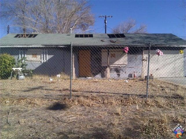 44618 W 12th Street, Lancaster, CA 93534