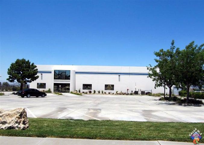 1031 W Avenue L12, Lancaster, CA 93534