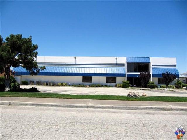 1055 W L - 12 Avenue, Lancaster, CA 93534
