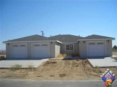 21240 Yerba Boulevard, California City, CA 93505