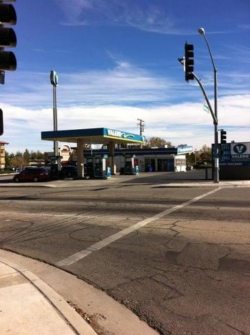 1661 W Avenue K, Lancaster, CA 93534