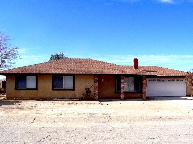 41765 158th Street, Lake Los Angeles, CA 93535