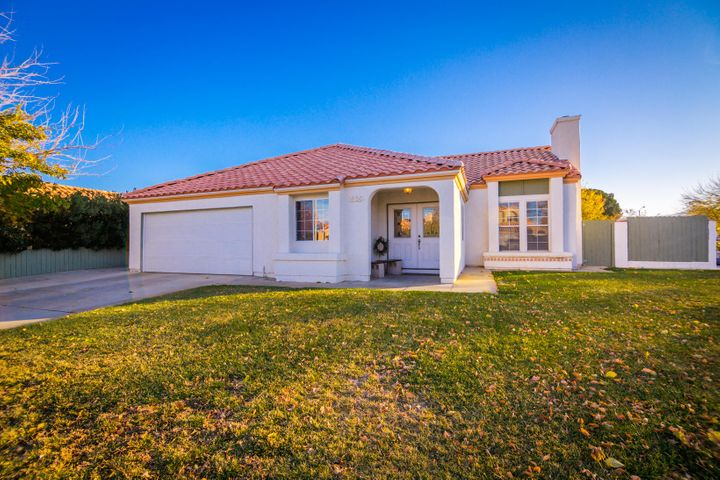 1526 Kings Road, Palmdale, CA 93551