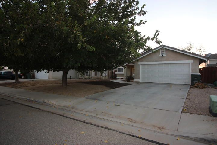 3441 Granite Court, Rosamond, CA 93560