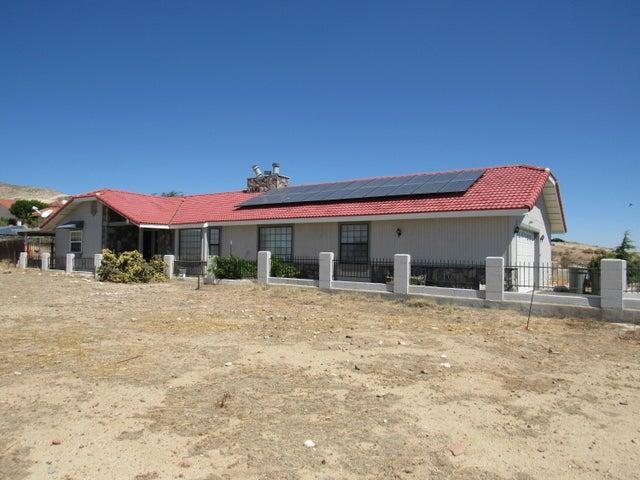 3681 Sierra Highway, Rosamond, CA 93560