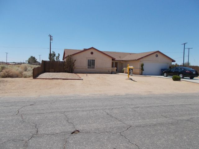 8400 Manzanita Avenue, California City, CA 93505