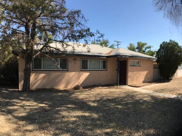 449 W Ave J7, Lancaster, CA 93534