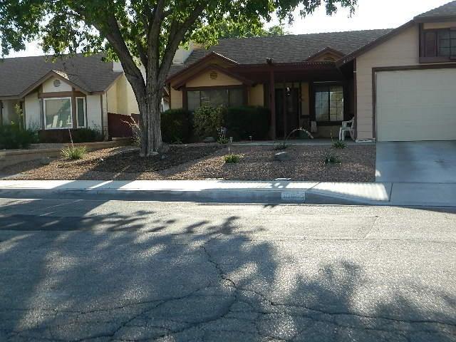 43055 Flag Street, Lancaster, CA 93536