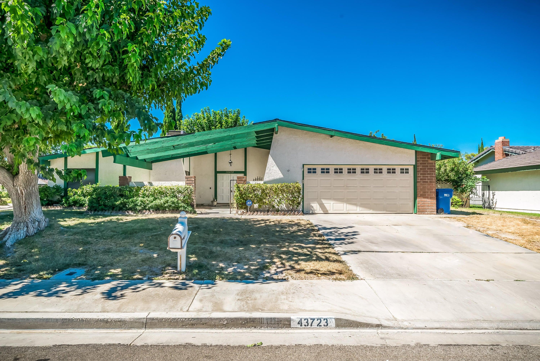 43723 Sentry Lane, Lancaster, CA 93536