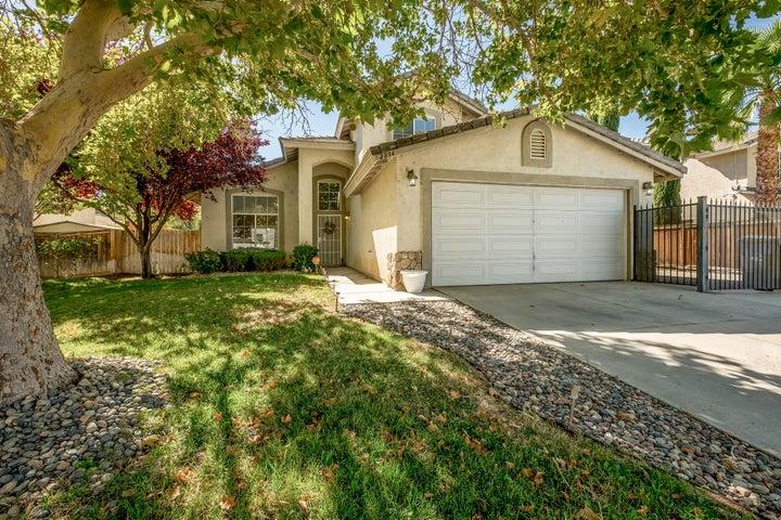 2834 Minford Street, Lancaster, CA 93536