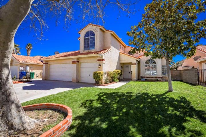 2640 Sycamore Lane, Palmdale, CA 93551