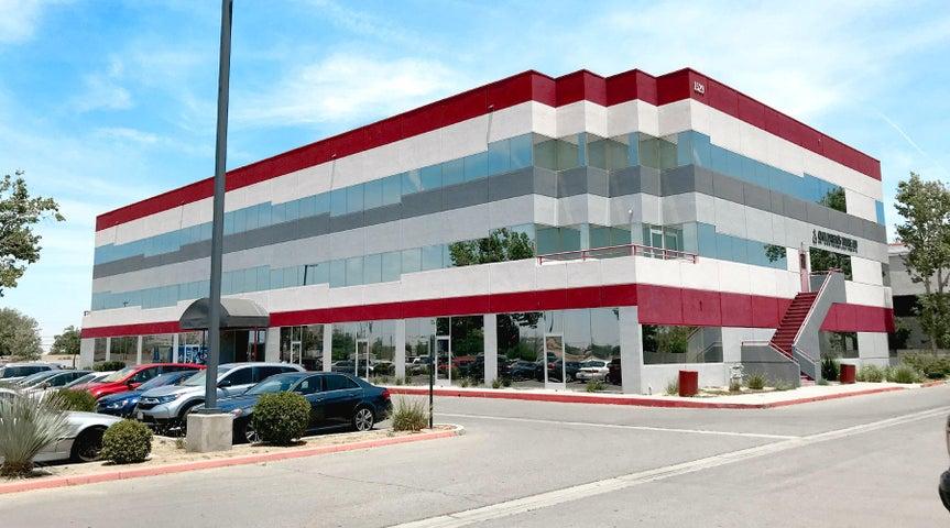 1529 E Palmdale Boulevard, Palmdale, CA 93550