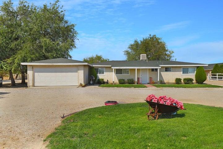 18209 E Avenue O, Palmdale, CA 93591