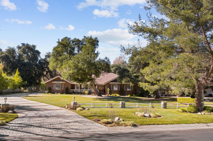 26623 Macmillan Ranch Road, Santa Clarita, CA 91387