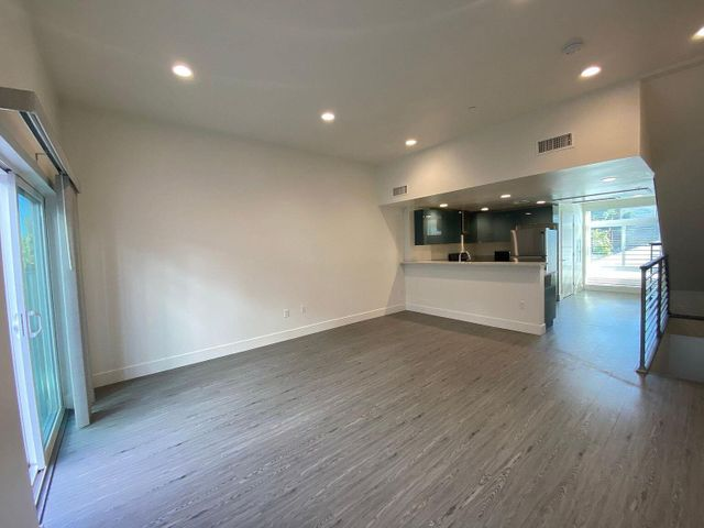 4461 Tujunga Avenue, 102, Studio City, CA 91604