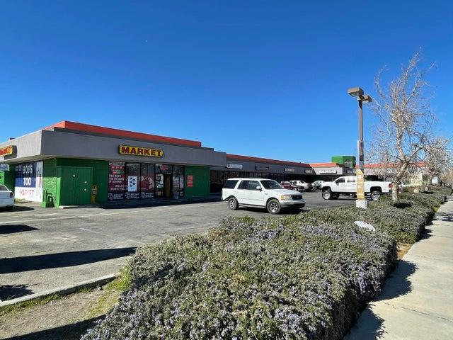 551 W Ave I, F, Lancaster, CA 93534