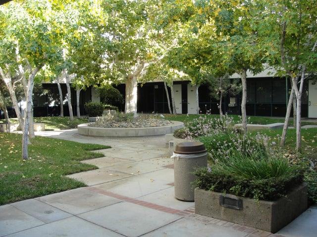 44300 Lowtree Avenue, 106, Lancaster, CA 93534