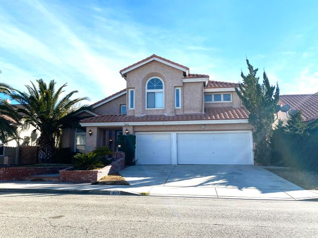 1808 Ashberry Drive, Palmdale, CA 93551