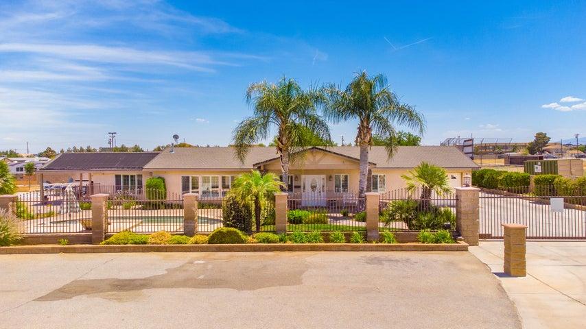 40106 W 12th Street, Palmdale, CA 93551