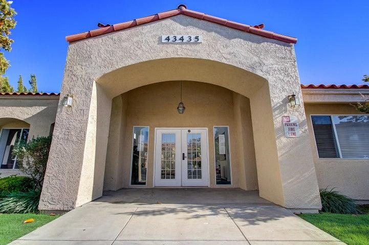 43447 30th Street, Unit 1, Lancaster, CA 93536