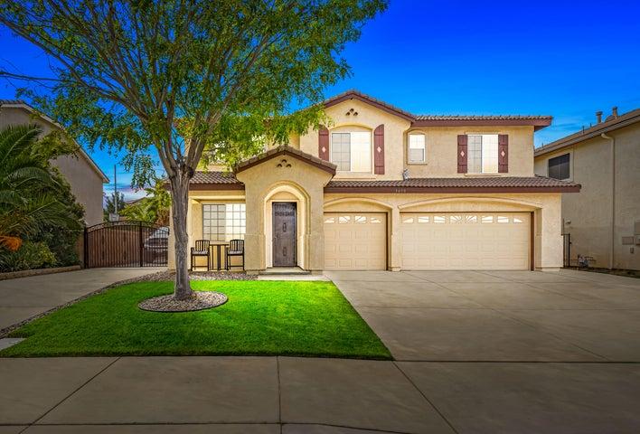 3630 Parkridge Lane, Palmdale, CA 93551