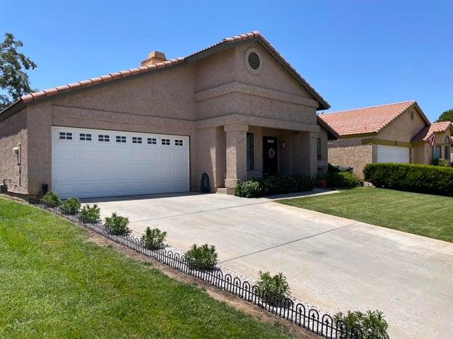 3612 E Ave R 11, Palmdale, CA 93550
