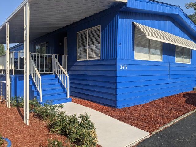 5711 Columbia Way, 243, Quartz Hill, CA 93536