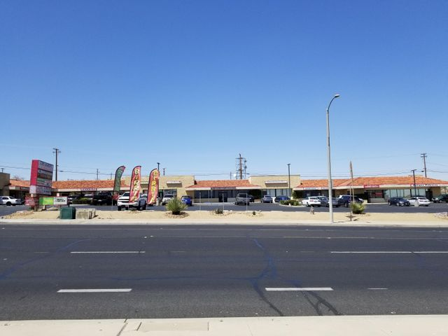 15080 Seventh Street, Victorville, CA 92395