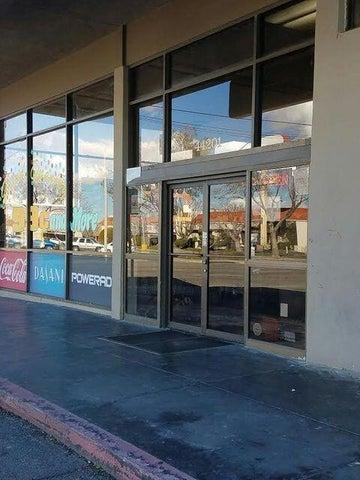 44201 W 10th Street, Lancaster, CA 93534