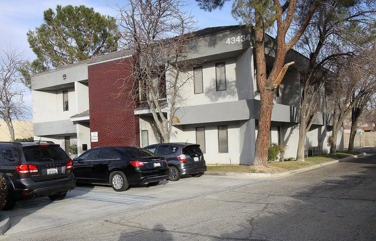 43434 Sahuayo Street, Lancaster, CA 93535