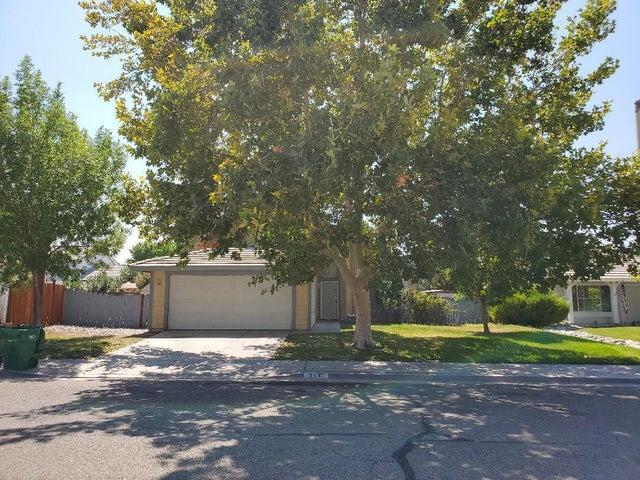 2546 W Lingard Street, Lancaster, CA 93536