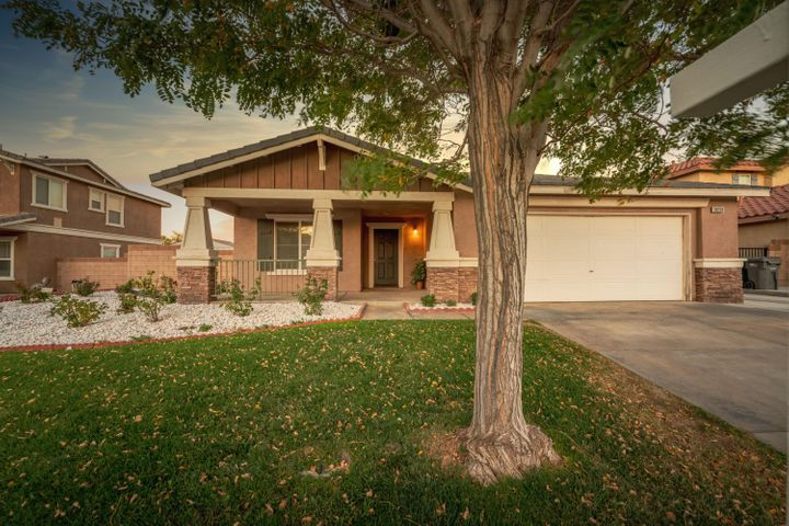 38318 Armstrong Drive, Palmdale, CA 93552