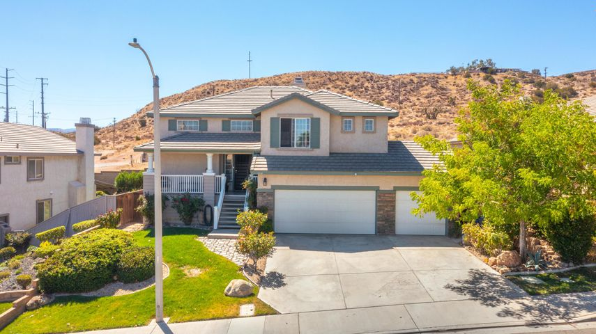1016 Cactus Drive, Palmdale, CA 93551