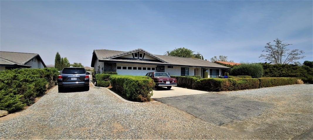 18036 Symeron Road, Apple Valley, CA 92307