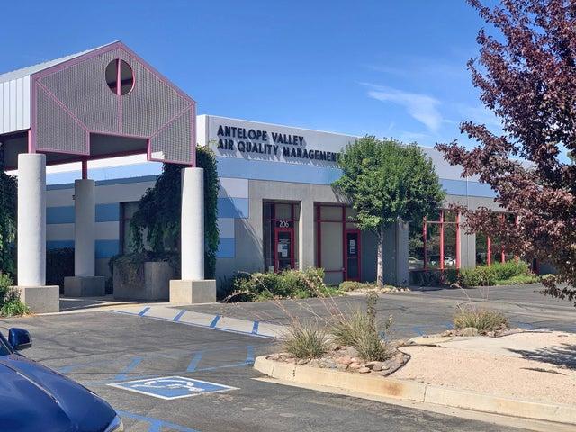 43301 Division Street, 205/206, Lancaster, CA 93535