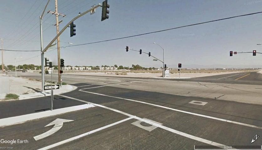 Rosamond Blvd. & 15th Street, Rosamond, CA 93560