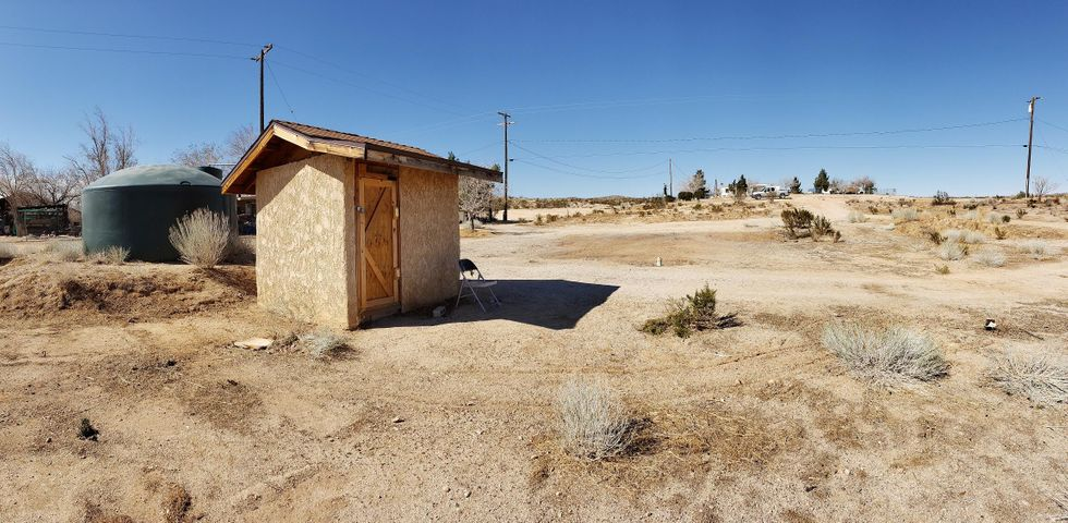3230 Dawn Road, Rosamond, CA 93560