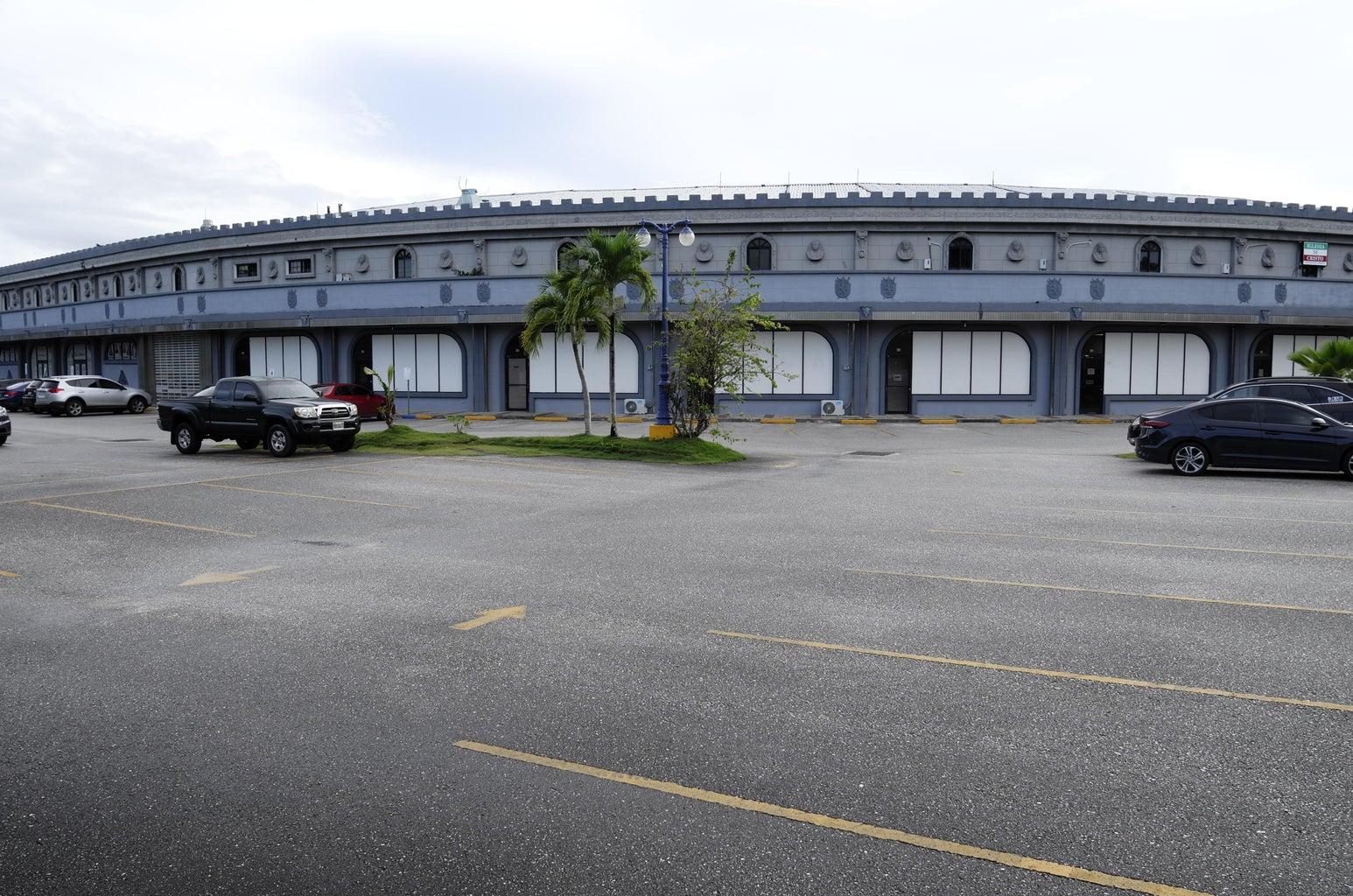 130 University Drive, University Castle Mall, Mangilao, GU 96913