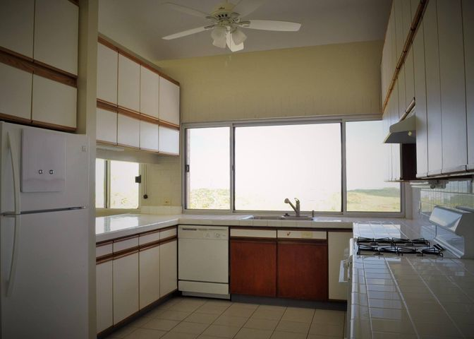 697 Turner Road, Piti, GU 96915 - Photo #10