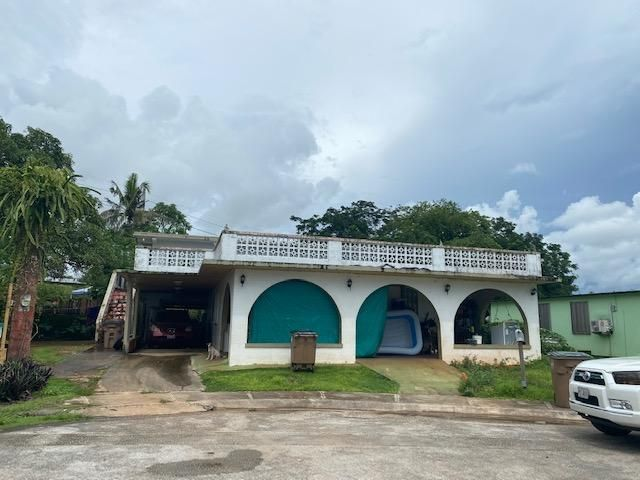 128 Dugdug (Liguan Terrace) North Court, Dededo, Guam 96929